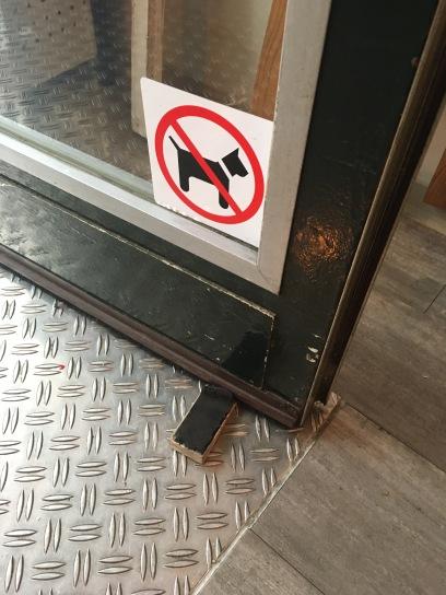 Hunde müssen leider draußen bleiben