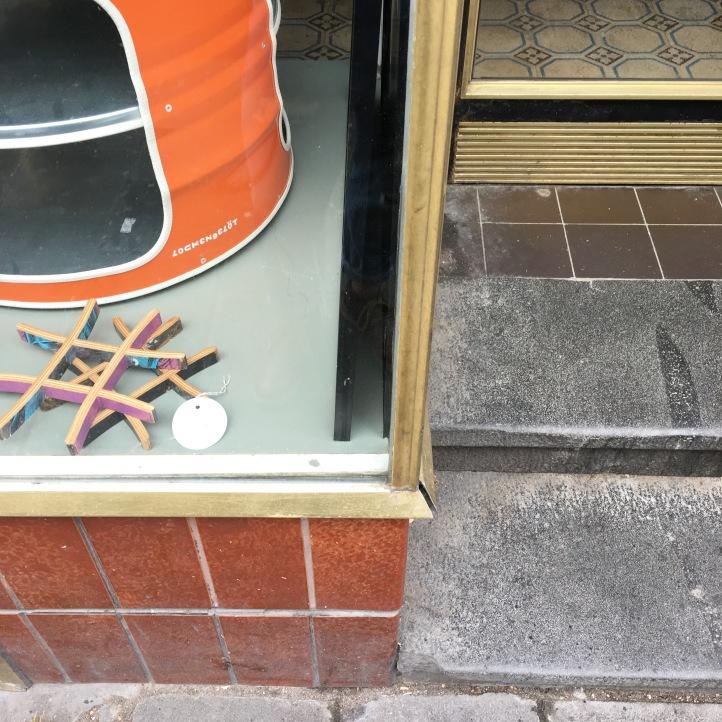 Der Eingangsbereich, 2 Stufen und ihr steht mitten im Verkaufsraum