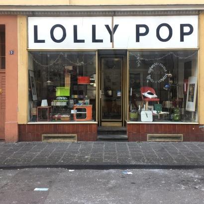 Der Schriftzug des Vorgänger Ladens: Lolly Pop