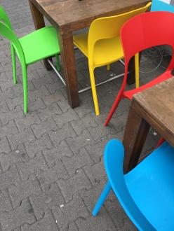 Colorblocking im Offenbacher Straßenbild