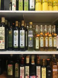 Oliven Öl soweit das Auge reicht