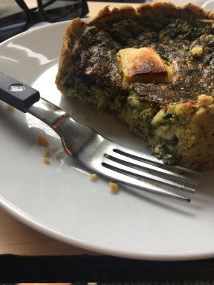 Die leckere Quiche mit Spinat und Schafskäse war ein Genuss.