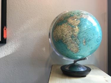 Der Globus hat einen symbolischen Charakter