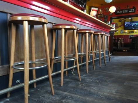 ... lieber Bar- als Stubenhocker!