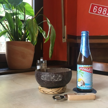 Zu jedem Bier bekommt der Gast im Le Belge das passende Bierglas inkl. Bierdeckel serviert!