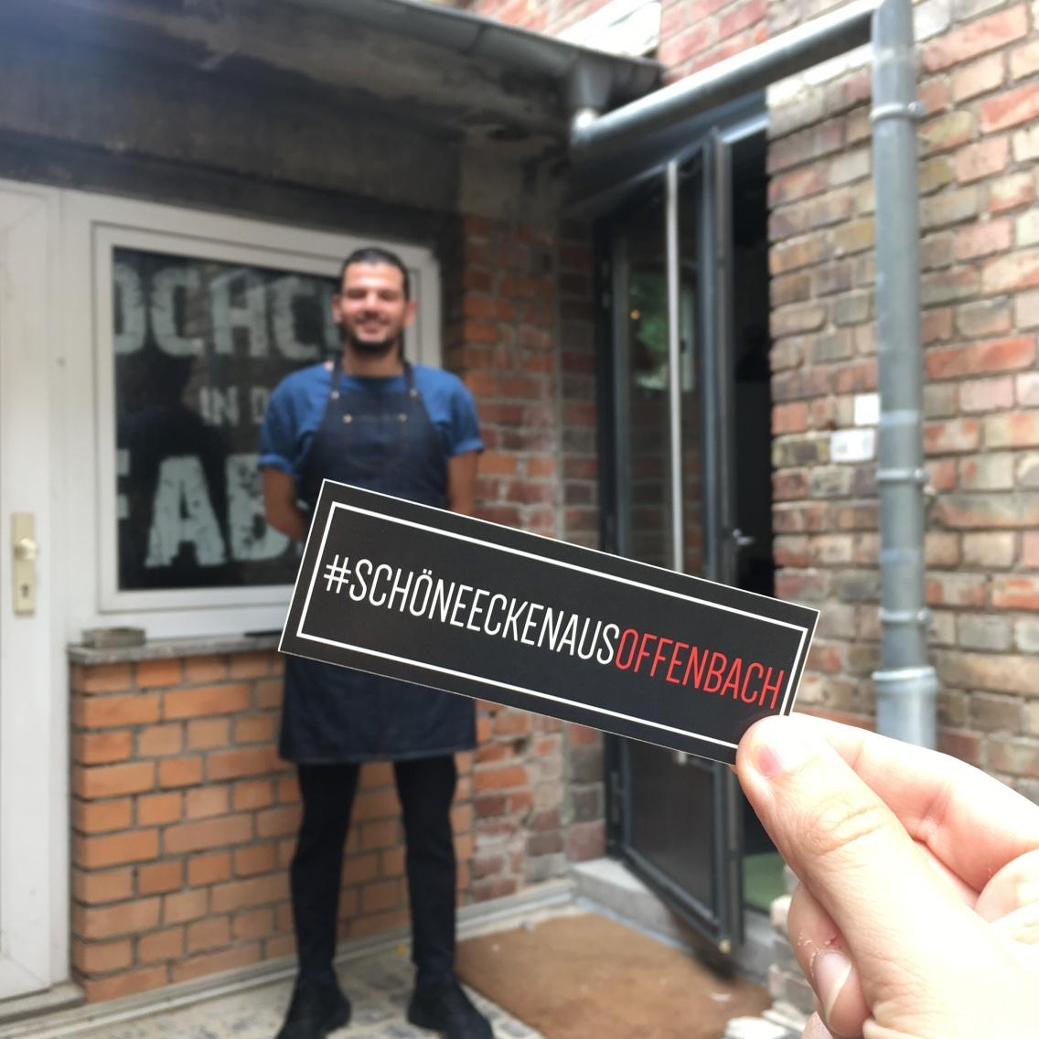 Birtan hat sich seinen #schöneeckenausOffenbach Aufkleber mit seinem Kochclub in der Fabrik mehr als verdient!