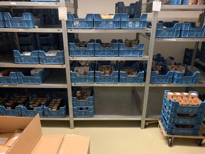Der Lagerbereich im Hause Laier! Hier liegen die Produkte für das Ladengeschäft als auch für den Onlineshop bereit ...