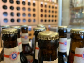 Die Krönung! Kronkorken!! Auch das ein oder andere Bier findet sich in der Auswahl des Spezialitätengeschäfts an der Bieberer Straße!