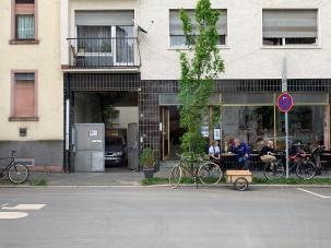... bei gutem Wetter, ist vor dem My Piecycle (eigentlich) immer etwas los! Man trifft sich und tauscht sich aus!