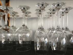 Ob Wasser, Wein oder Wodka? Die Entscheidung ist nicht immer glasklar!