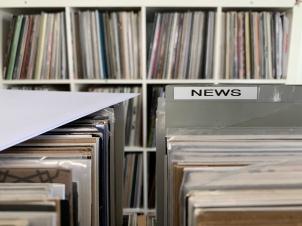 NEWS!! Neben sehr vielen gebrauchten Schallplatten, findet man bei Mainrecords natürlich auch Neuheiten!