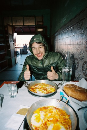 "8000Watt Mahlzeit: ""Dann gibt's halt vier mal am Tag Omelett! Alle haben Bock!"" (Foto © Patrick Pilz)"
